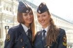 زن در پلیس روسیه فقط مسئول تامین امنیت نیست بلکه عامل آرامش و زیبایی است! (+عکس)